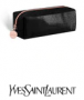 Yves Saint Laurent Kosmetik-Tasche (1 Stk.) zu jeder Yves Saint Laurent Bestellung.